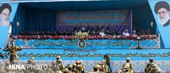 رژه نیروهای مسلح در روز ارتش با حضور رئیسجمهور